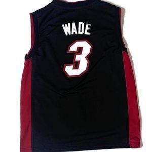 brand new 85264 e5cbd Adidas Dwayne Wade Miami Heat Jersey M Black Red 3